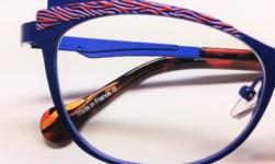 BOZ Eyewear, acciaio e corallo
